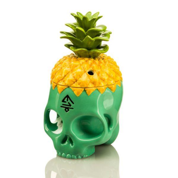 Turquoise Skull mug front